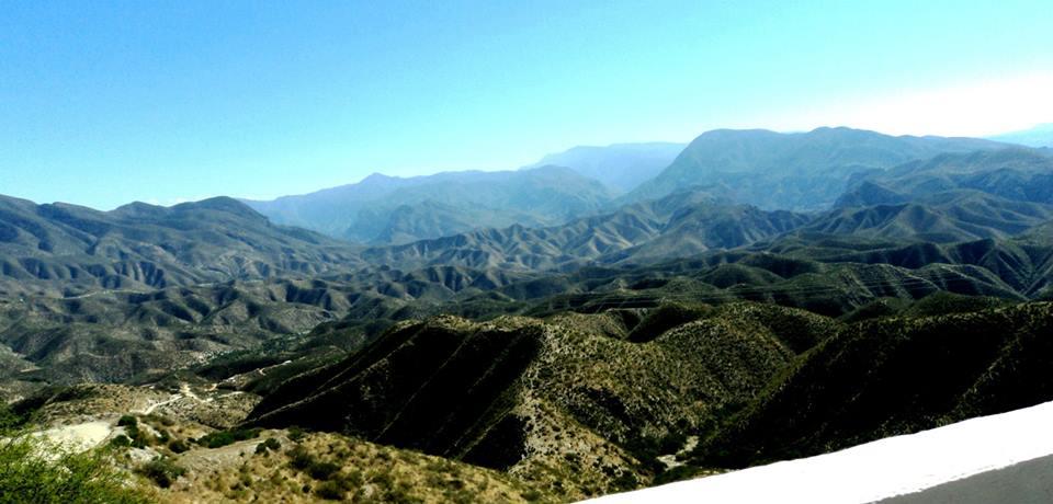 Vista de la Sierra Gorda desde la carretera